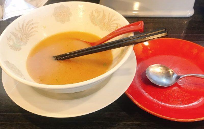 野菜味噌ラーメンと半チャーハン完食