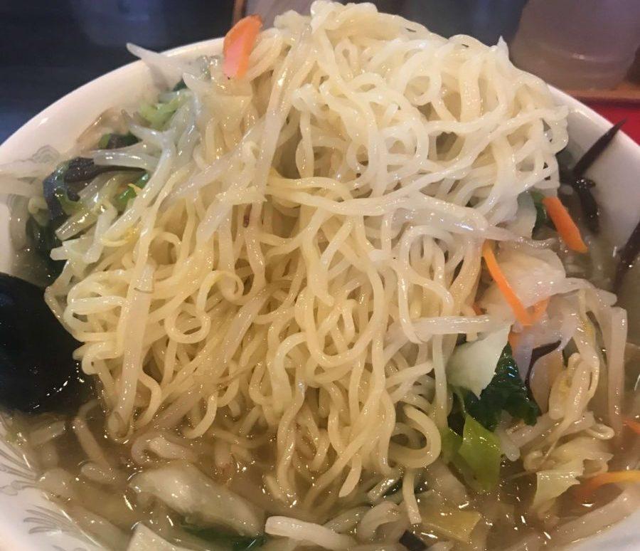 野菜ラーメンの麺
