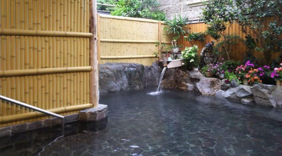 ただおみ温泉の露天風呂
