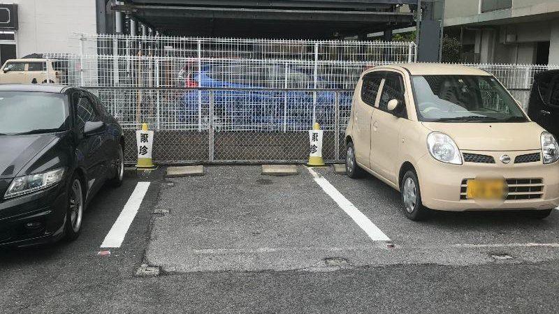 豚珍の駐車スペース