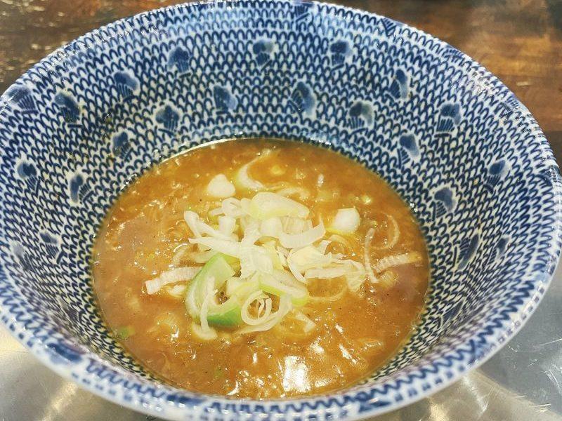 温めなおしたスープ